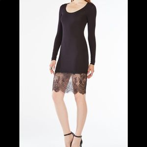 BCBGMAXAZRIA Livi Long-SLV lace hem Dress- XXS
